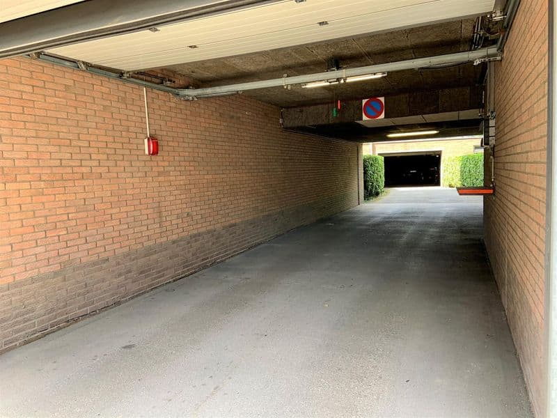 Parking space or garage for sale in Evere