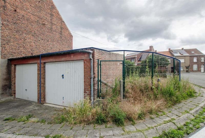 Parking space or garage for sale in Mouscron