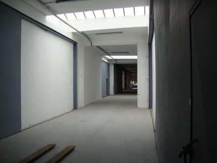 Warehouse<span>200</span>m² for rent