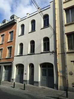 Investment property<span>330</span>m² for rent Brussels