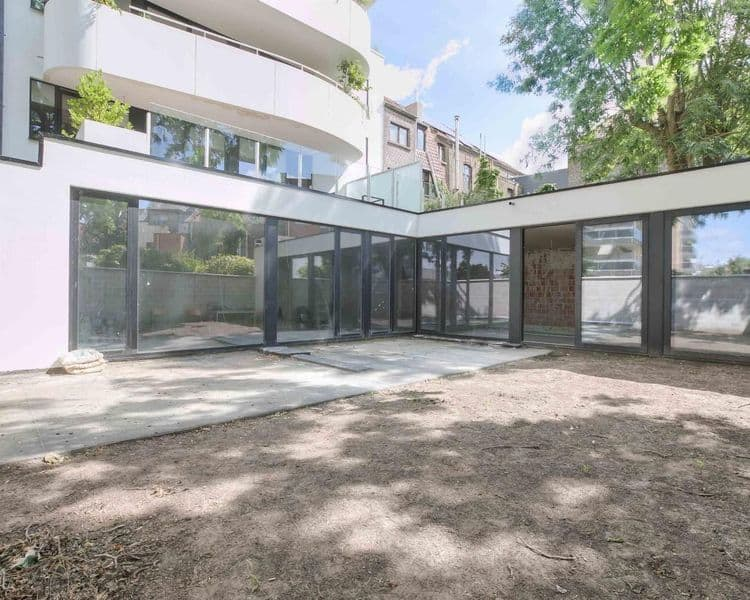 Ground floor flat for sale in Ghent