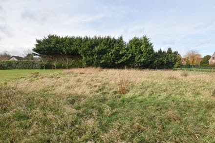 Land<span>985</span>m² for rent Braine L Alleud