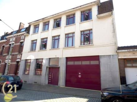 Warehouse<span>600</span>m² for rent