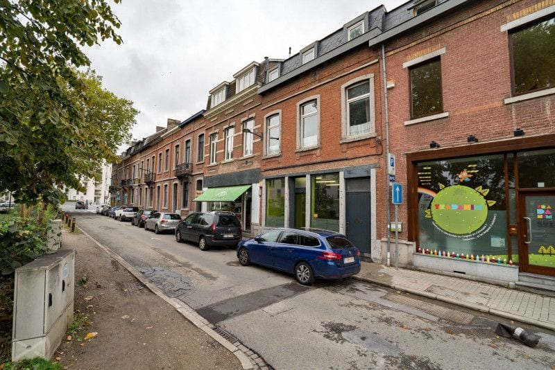 Office or business for rent in Namur