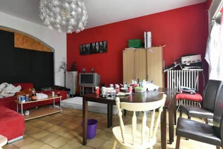 House<span>359</span>m² for rent