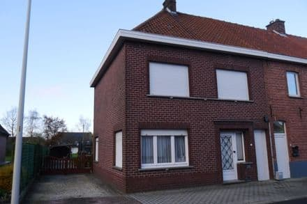 House<span>117</span>m² for rent Deinze