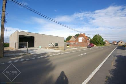 Industrial building<span>415</span>m² for rent