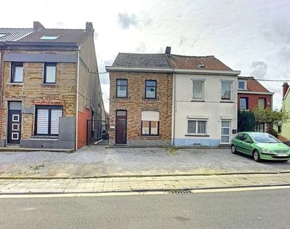 House<span>110</span>m² for rent Courcelles