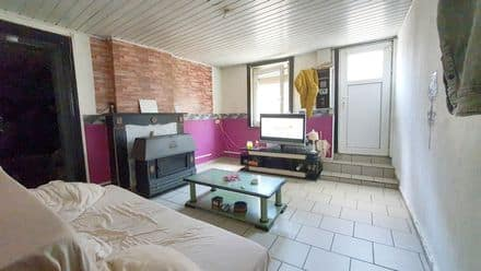 House<span>76</span>m² for rent
