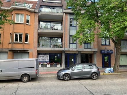 Office or business<span>124</span>m² for rent