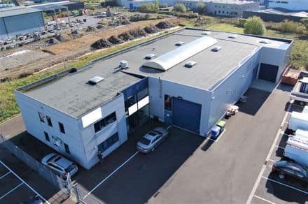 Industrial building<span>1000</span>m² for rent