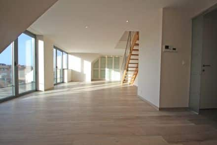 Penthouse<span>156</span>m² for rent Braine L Alleud
