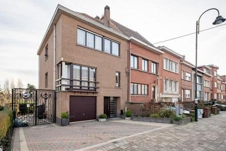 House<span>130</span>m² for rent Neder Over Heembeek