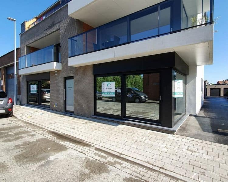 Ground floor flat for sale in Roeselare