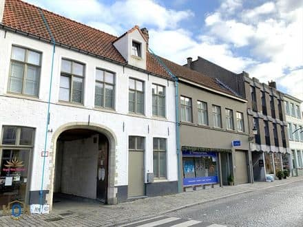 House<span>155</span>m² for rent Brugge