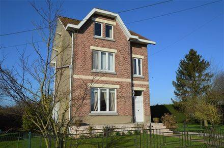 House<span>158</span>m² for rent