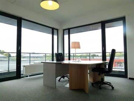 Office<span>45</span>m² for rent