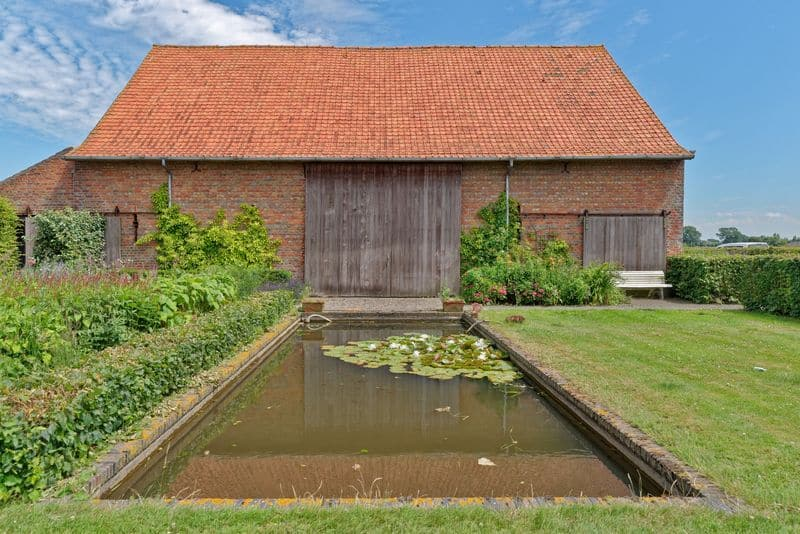 House for sale in Veurne