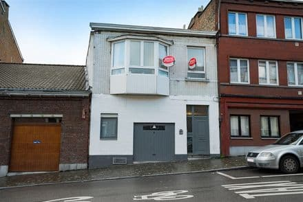 House<span>205</span>m² for rent