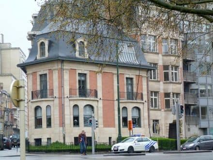 Business<span>500</span>m² for rent Brussels