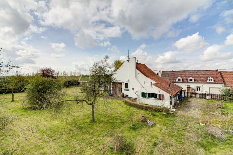 Farmhouse for sale in Meise