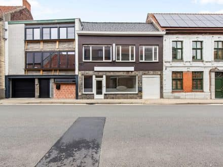 Mixed-use building<span>160</span>m² for rent