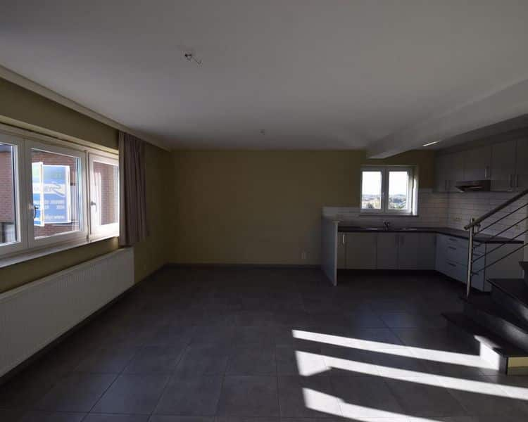 Duplex for rent in Asse