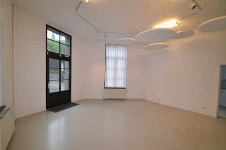 Office or business<span>78</span>m² for rent Ukkel