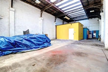 Industrial building<span>188</span>m² for rent