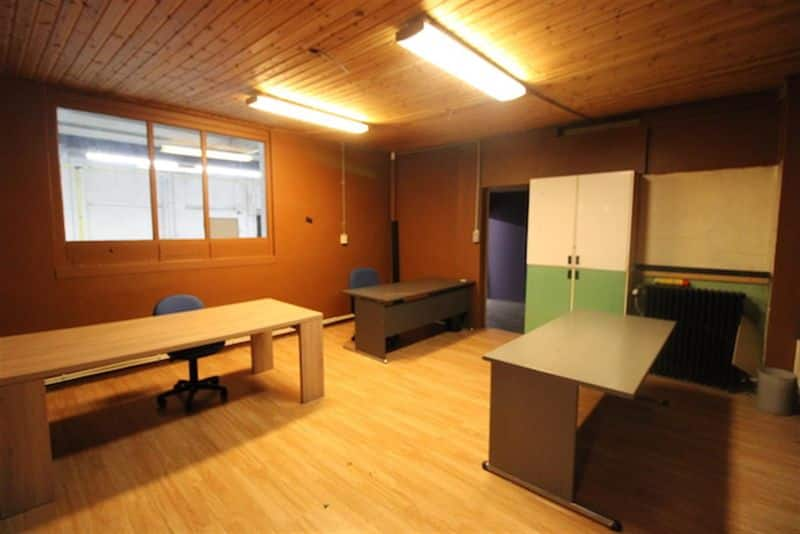 Office or business for rent in Marcinelle