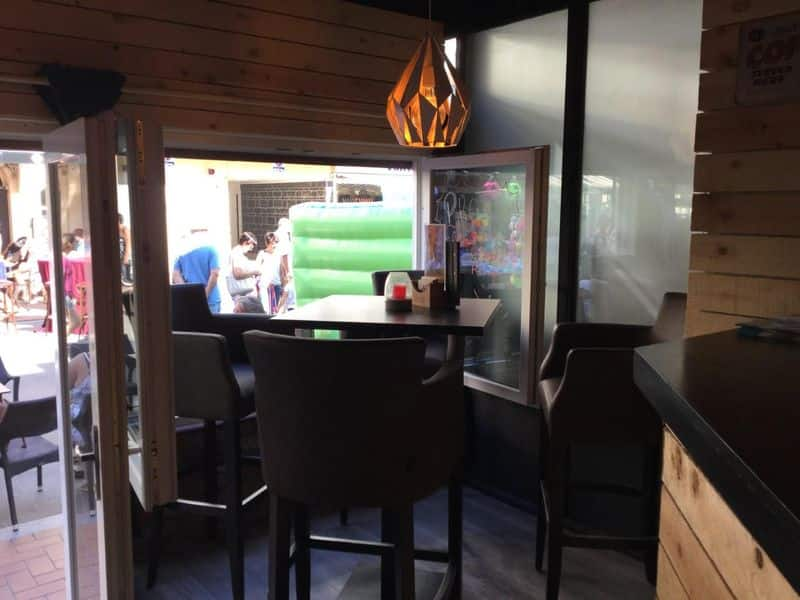 Office or business for sale in Westende
