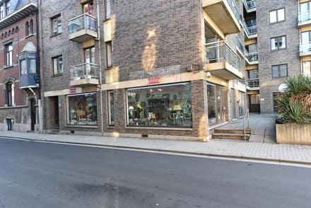 Office or business<span>135</span>m² for rent