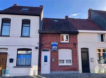 House<span>112</span>m² for rent Ronse