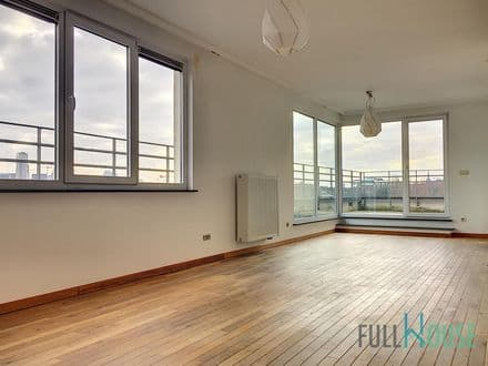 Penthouse<span>90</span>m² for rent