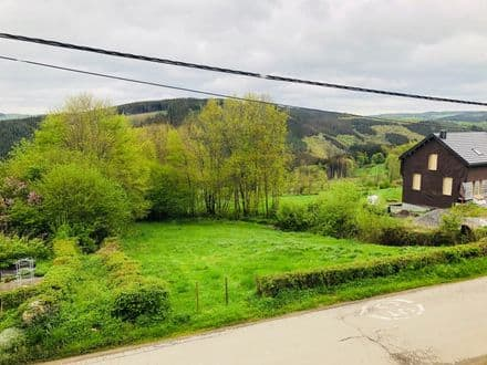 Land<span>1180</span>m² for rent Stavelot
