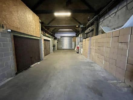 Warehouse<span>365</span>m² for rent