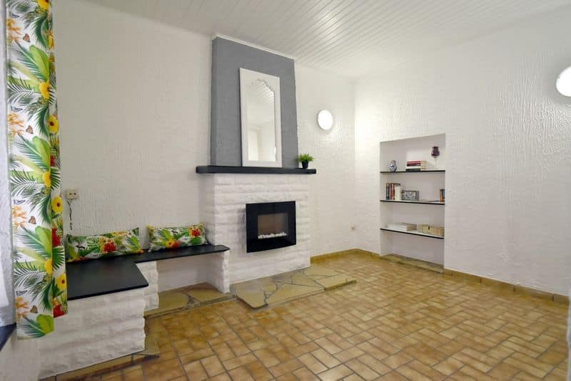 House for sale in Elouges