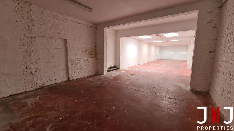 Warehouse for sale in Koekelberg