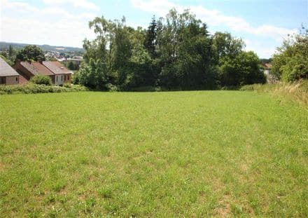 Land<span>3700</span>m² for rent Farciennes