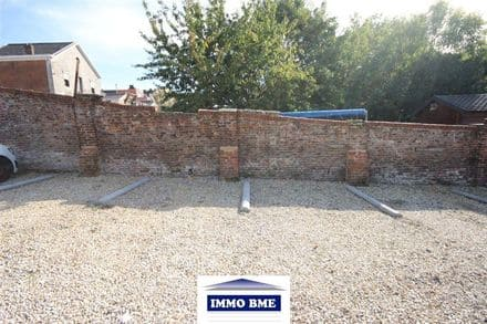 Parking space or garage for rent Tubize