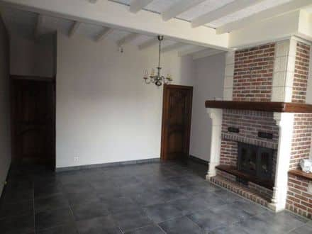House<span>136</span>m² for rent