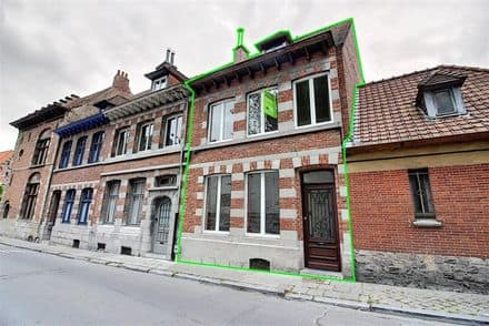 House<span>184</span>m² for rent