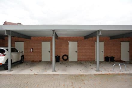 Parking space or garage for rent