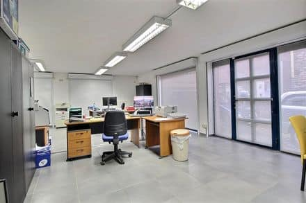 Office or business<span>65</span>m² for rent