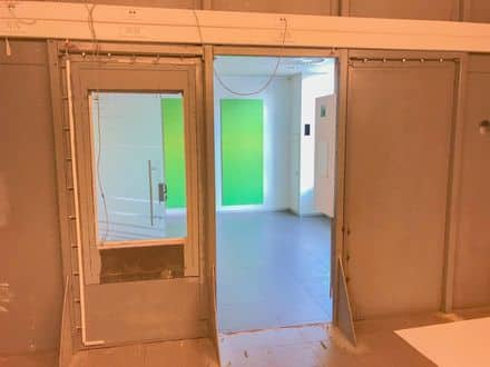 Office or business<span>308</span>m² for rent Court Saint Etienne