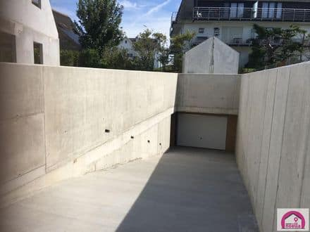 Parking space or garage<span>18</span>m² for rent Westende