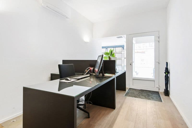 Office or business for rent in Ostend
