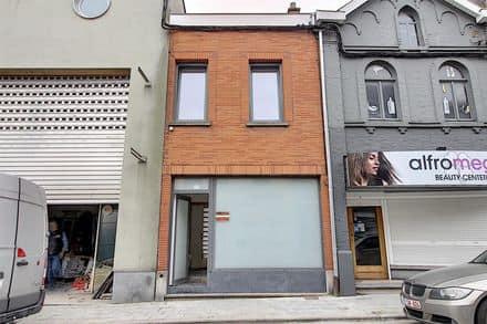 House<span>132</span>m² for rent Mouscron