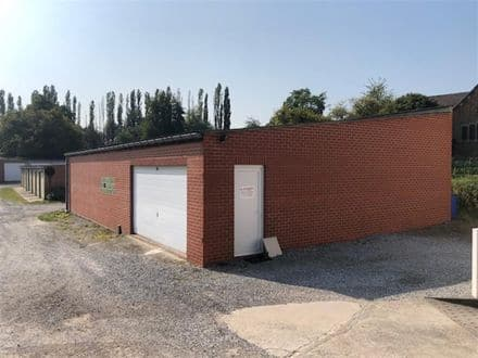 Warehouse<span>155</span>m² for rent