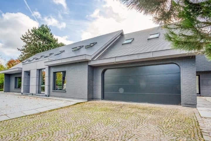 Villa for sale in Wemmel